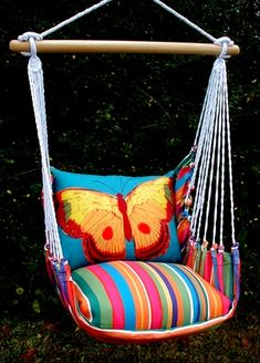 I can see this in a tween room. Le Jardin Blue Butterfly Hammock Chair Swing Set - we love this! Hammock Swing Chair, Swinging Chair, Diy Hammock, Butterfly Pillow, Blue Butterfly, Backyard Buildings, Deco Boheme, Banquette, Designer Pillow