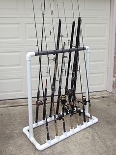 DIY PVC Outdoor Fishing Rod Holder https://www.vanchitecture.com/2018/03/10/diy-pvc-outdoor-fishing-rod-holder/