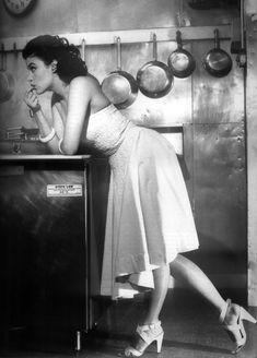 Sherilyn Fenn.  Photo by Bettina Rheims, a French artist and photographer.