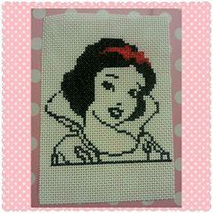 Snow White / Blanca Nieves/punto de cruz/crossstitch.