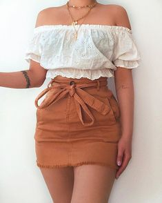 Likes, 42 Comments - Daily Outfits Teen Fashion Outfits, Mode Outfits, Girly Outfits, Cute Fashion, Look Fashion, Pretty Outfits, Spain Fashion, Fashion Ideas, Cute Summer Outfits
