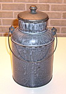 Antique Gray Graniteware Milk Pail - Nice - 1 quart .