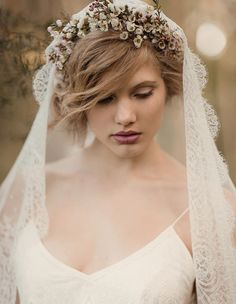Flower crown & veil