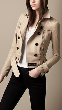 Classic with a twist. Burberry short trench. #trench #Burberry