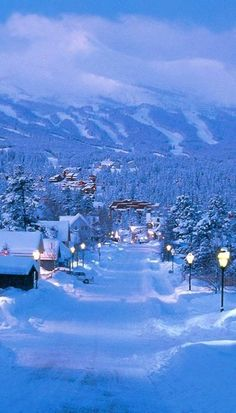 Breckenridge Town, Colorado, United States Travel and see the world Oh The Places You'll Go, Places To Travel, Places To Visit, Beautiful World, Beautiful Places, Beautiful Pictures, Amazing Places, Foto Poster, Winter Scenery
