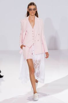 "<p tabindex=""-1"" class=""tmt-composer-block-format-target tmt-composer-current-target"">Temperley London spring 2015 collection."