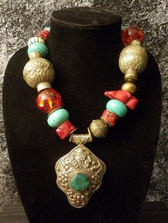 Hey, I found this really awesome Etsy listing at https://www.etsy.com/listing/558959161/tribal-kuchi-statement-necklace-katrox