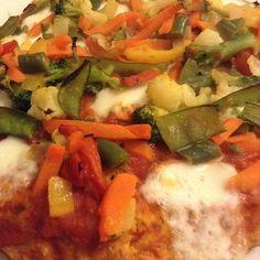 Pizza vegetariana con verdurine primaverili, morbida e croccante al punto giusto! Pizza fatta in casa