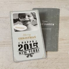 Hoge fotokaart | Tadaaz #kerstkaart #grijs #christmascard #clipart #attribuut #snor #tekstballon