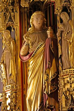 Estatue of St Mary Magdalene from Comper's Lady chapel reredos in All Saints, Margaret Street. By Lawrence OP Alabaster Jesus Tomb, Who Is Mary Magdalene, Santa Maria, Saints, Gospel Of Luke, Sacred Feminine, Early Christian, Religious Art, Art History