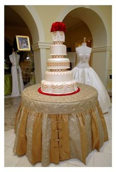 1000 images about cake tables on pinterest cake table wedding cake tables and royal wedding. Black Bedroom Furniture Sets. Home Design Ideas