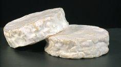 Le Jeune Coeur La joven de corazón es un queso suave con una corteza bloomy, refinada tres semanas. El sabor de la crema y champiñones es de gran dulzura, su pulpa es suave textura. La producción de queso de granja con sabores basados en las Islas de la Magdalena que puede complacer a todos los consumidores.  Un  joven de corazón  es el nombre dado a la joven cachorro de foca de Groenlandia después de la etapa de la edad adulta.