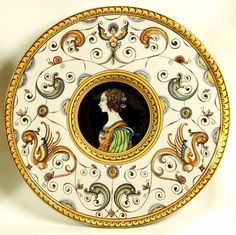 Decorative plate   Italian Ceramics
