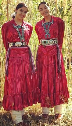 American Indian Girl, Native American Children, Native American Clothing, Native American Pictures, Native American Beauty, Native American History, Indian Girls, Western Comics, Costume Ethnique