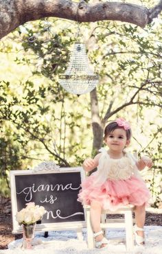Adorable shabby chic cake smash photo session | contributed by Heather Tartaglia Photography
