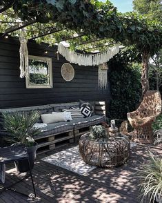 Gepostet von Brusilla www brusilla com # - Gartengestaltung Ideen Outdoor Rooms, Outdoor Gardens, Outdoor Living, Outdoor Decor, Outdoor Lounge, Backyard Patio Designs, Backyard Landscaping, Small Patio Design, Deck Patio