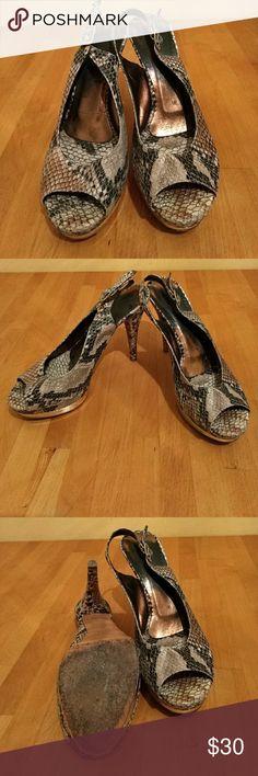 Crocodile pattern heels Pre-loved Crocodile pattern high heels Shoes Heels
