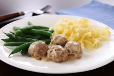 Impress them all with tasty Easy Swedish Meatballs covered in super creamy gravy! Shortcuts make these Swedish meatballs an easy weeknight special.