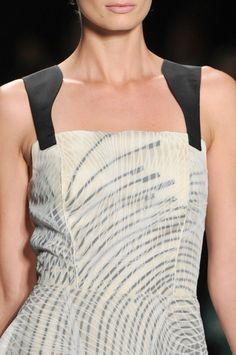 Carolina Herrera Spring 2014 - Details