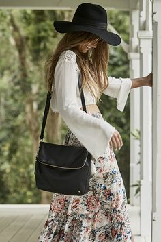 It's all in the bag - Christina Macpherson shot by Tavoni for Stitch & Hide in Byron Bay. Alexa bag.
