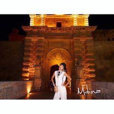 Instagram【miki.azusa】さんの写真をピンしています。 《イムディーナの夜は  ライトアップされて、さらに美しい✨✨✨ * *  #イムディーナ #入り口 #mdina #夜はロマンチック  #beautiful #素敵 #デートで来たい。笑 #確かにいーかも #城塞都市 #古都  #ライトアップ #夜景 #怒ってないよ #試し撮りでこーなった #malta #マルタ #マルタ共和国 #travel #trip #旅 #happy #holiday #summer #vacation #観光》