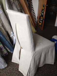 Linen parsons chair slipcover with pleat and tortoise button Slipcoversource.com Chicago