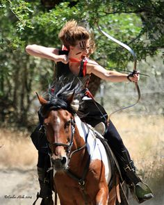 US Horseback Archer Beesh Frischman, and member of Rogue Mounted Archers, Eagle Point, OR.