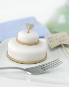 Mini-Hochzeitstörtchen - weddingstyle.de