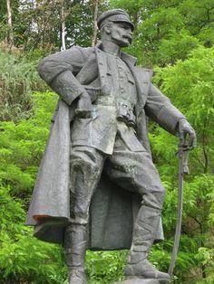 Opatowiec pomnik J.Piłsudskiego