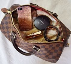 Louis Vuitton Handbags #Louis #Vuitton #Handbags Save 50% From LV Outlet