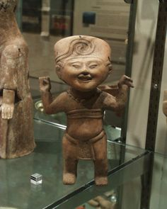 Ceramic figure from the Veracruz culture of Mexico (600 AD - 1100 AD), at the Denver Art Museum Olmeca