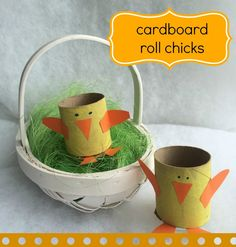 Toilet roll chicks - an easy tutorial that's a perfect easter craft for kids! Paper Mache Crafts For Kids, Toilet Paper Crafts, Kid Crafts, Hoppy Easter, Easter Eggs, Easter Bonnets, Spring Arts And Crafts, Cardboard Rolls, Easy Easter Crafts