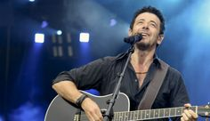 Meet Patrick Bruel, French singer and actor, at his show in New York on November 1st.