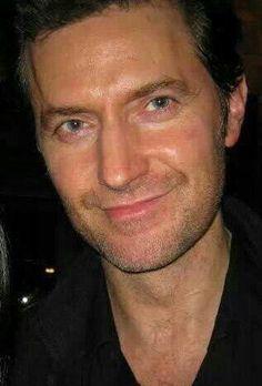 THAT SMILE - Richard Armitage