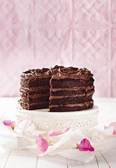 Herman se grootword-sjokoladekoek Niemand kon bak soos my ouma nie. Hier is haar oorspronklike resep. Sweet Recipes, Cake Recipes, Dessert Recipes, Drip Cakes, Cake Cookies, Cupcake Cakes, Cupcakes, Kos, Sweet Cakes