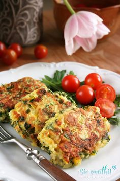 Russian Dishes, Salmon Burgers, Quiche, Meals, Chicken, Cooking, Breakfast, Cake, Ethnic Recipes