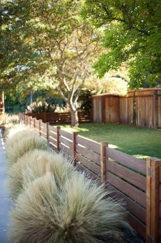 12. Low Horiztonal.  Love this fence!