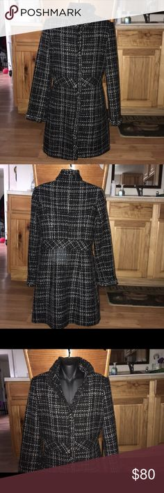 """White house/ black market size 2 coat. GUC Shell:41%polyester, 41% wool,18% acrylic.Lining:100% polyester.  36"""" lenght,shoulder-shoulder:15"""",sleeves:24"""".Waist:30"""",pit-pit:19"""" Hook and eye closure.very good used condition. White House Black Market Jackets & Coats Pea Coats"""