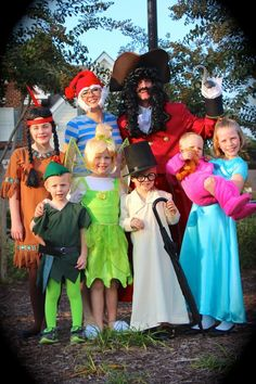 Willkommen im Krazy Kingdom: Potter Family Halloween 2014 - Peter Pan Disney Group Costumes, Peter Pan Halloween Costumes, Peter Pan Costume Kids, Best Group Halloween Costumes, Toy Story Costumes, Kids Costumes Girls, Fete Halloween, Boy Costumes, Halloween 2014