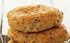 Oppskrift på Frokostscones Cottage Cheese, Bagel, Scones, Muffins, Bread, Cookies, Baking, Breakfast, Desserts