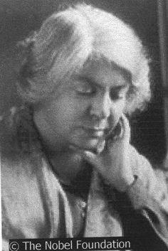 Maria Grazia Cosima Deledda (Nuoro, 27 settembre 1871 – Roma, 15 agosto 1936) è stata una scrittrice e traduttrice italiana, vincitrice del Premio Nobel per la letteratura nel 1926.