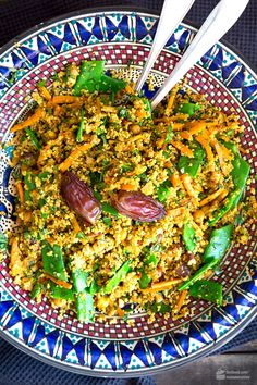 Marokkanischer Couscous mit Dattel-Balsam Moroccan couscous with date balm – Madame Cuisine Egg Recipes, Raw Food Recipes, Healthy Recipes, Soup Recipes, Moroccan Couscous, Bulgur Salad, Couscous Recipes, Smoked Ribs, Eat Smarter