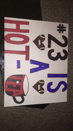 Diy football poster sports signs, football game signs, basketball signs, hi Football Game Signs, Basketball Signs, Sports Signs, Basketball Poster Ideas, Basketball Season, Posters Diy, Baseball Posters, Soccer Poster, Sports Posters