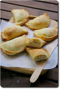Mini-calzone farcis à la mozzarella, jambon et ricotta