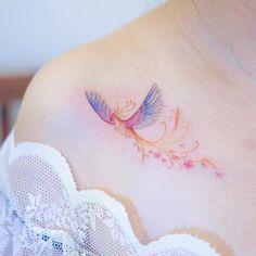 Simple Phoenix Tattoo, Phoenix Tattoo Feminine, Small Phoenix Tattoos, Phoenix Tattoo Design, Tattoo Designs For Women, Tattoos For Women Small, Small Tattoos, Bild Tattoos, Body Art Tattoos