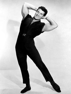 Jack LaLanne was one of the first TV fitness gurus of his time and The Jack Lalanne Show was one of the longest-running programs of its kind. He also came up with the first elastic training band (what we'd now call resistance training), known as the Glamour Stretcher.
