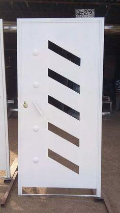 puerta-de-herreria-moderna-de-entrada-principal-D_NQ_NP_557315-MLM25240327197_122016-F.webp (676×1200)