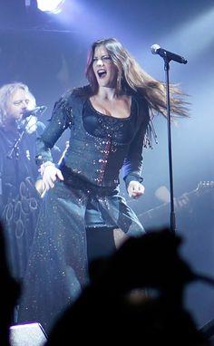 floor jansen Floor Jansen (ReVamp, Nightwish, Ex-A - flooring Ladies Of Metal, Metal Girl, Metal Bands, Rock Bands, Cindy Lauper 80s, Musica Metal, Divas, Women Of Rock, Symphonic Metal