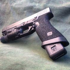 Glock 34 with some killer Stipple Work