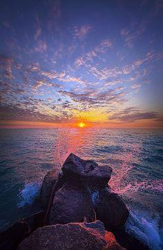 Sunrise on Lake Michigan in Wisconsin. Wisconsin Horizons By Phil Koch. phil-koch.artistwebsites.com